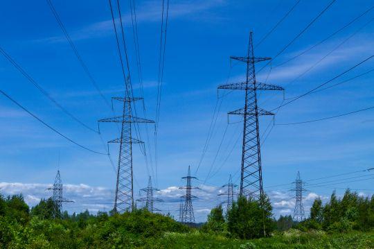 Studie sieht bestehendes Stromnetzentgeltsystem als Hindernis auf dem Weg zur Klimaneutralität